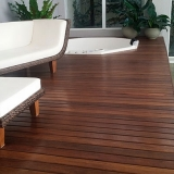 deck de madeira para jardim valor Cotia