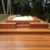 deck de madeira para jardim Valinhos
