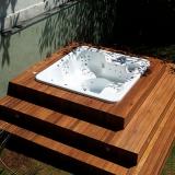 empresa que faz deck de madeira para jardim Embu