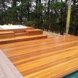 empresa que faz deck madeira modular Caierias