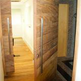 instalação de piso de madeira claro Cananéia
